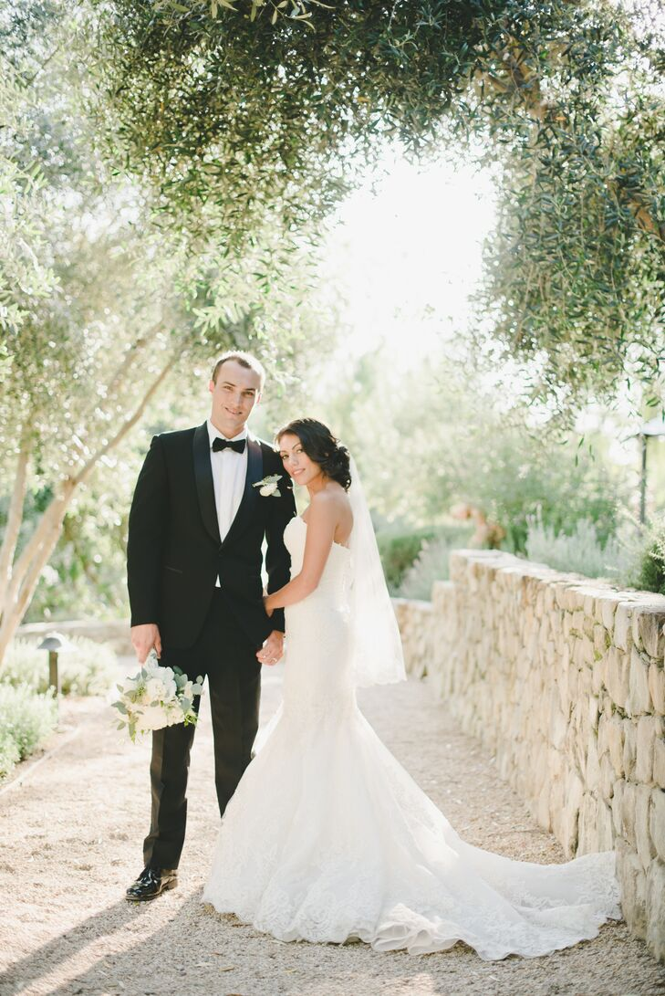 Brittany Rinella (27 and in sales) and Robert Papenhause (28 and in sales) wanted their coastal California wedding to be romantic—and was it ever. The
