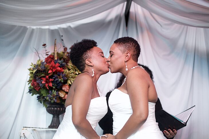 Charmagne and Tianna were married in an intimate ceremony at Dirt Salon in Hartford, Connecticut.