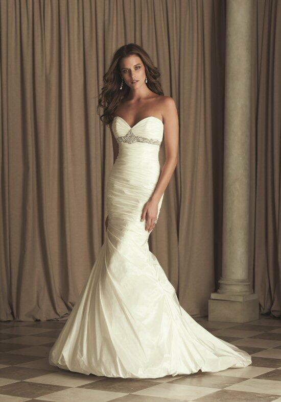Paloma Blanca 4459 Wedding Dress photo