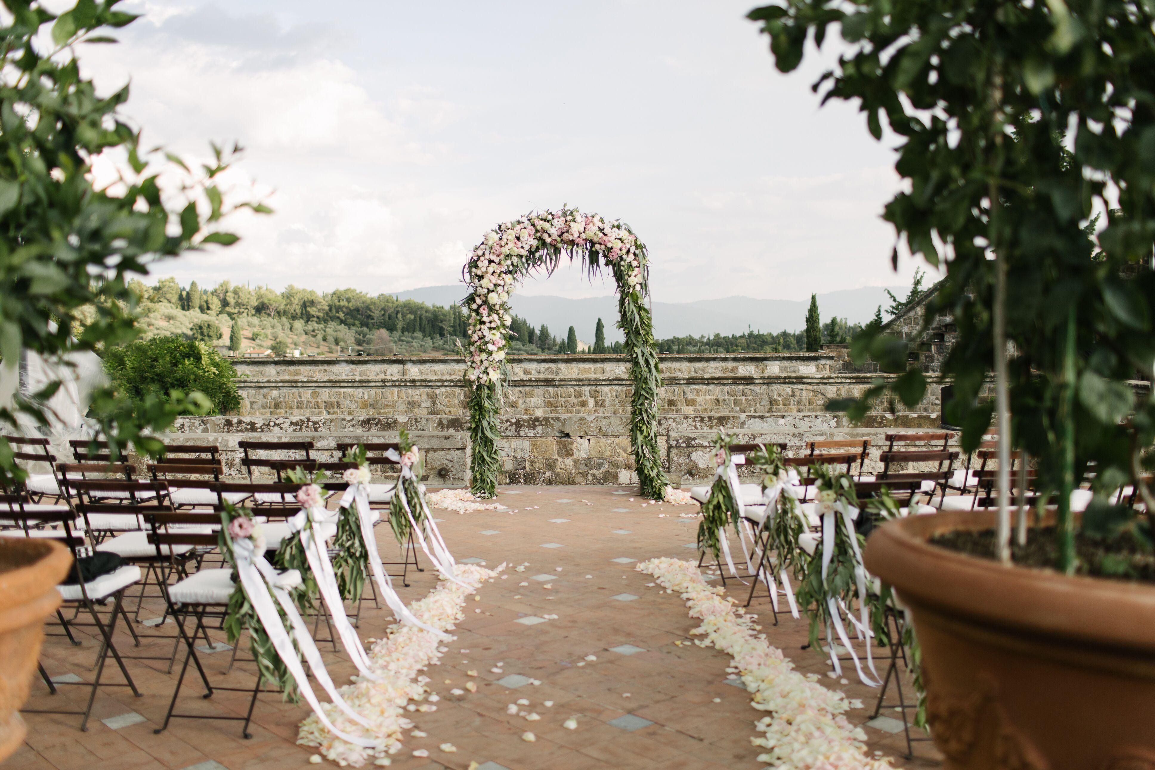 An Elegant Tuscan Wedding At Castello Di Vincigliata In