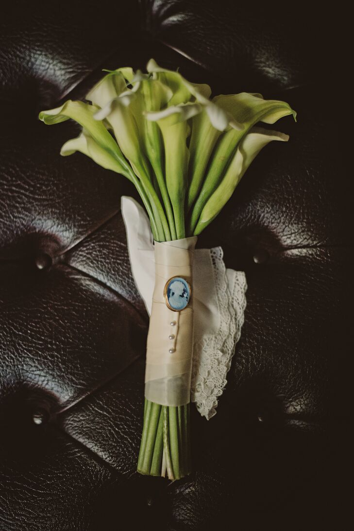 Calla Lily Bouquet with Gold Wrap