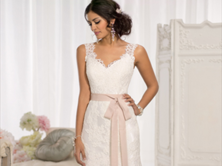 Cornelius North Carolina Wedding Dresses 112
