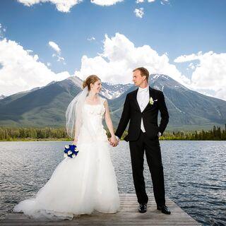 Outdoor wedding ideas outdoor weddings real mountain weddings junglespirit Image collections