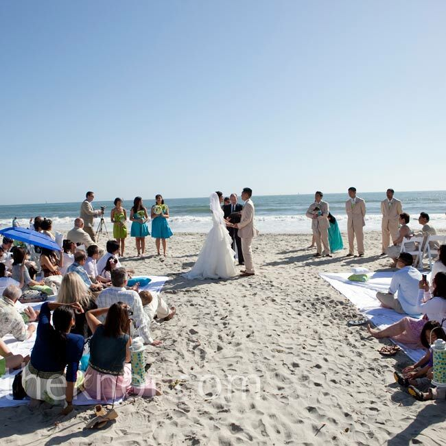 Night Beach Wedding Ceremony Ideas: Beach Wedding Ceremony