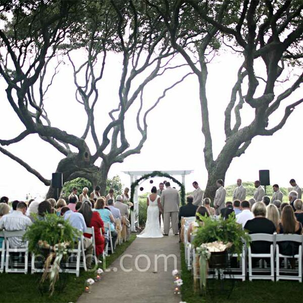 Belongil Beach Wedding Ceremony: Beach Wedding Decorations