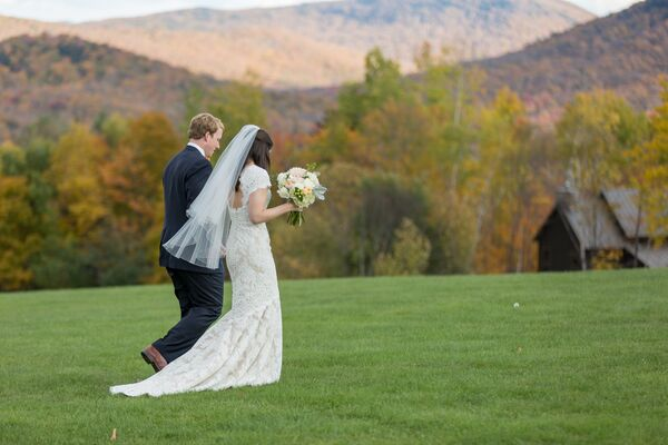 Outdoor Wedding Ceremony Mountain Laurel Farm Six Hearts: Fall Wedding Arch With Greenery And Orange Flowers