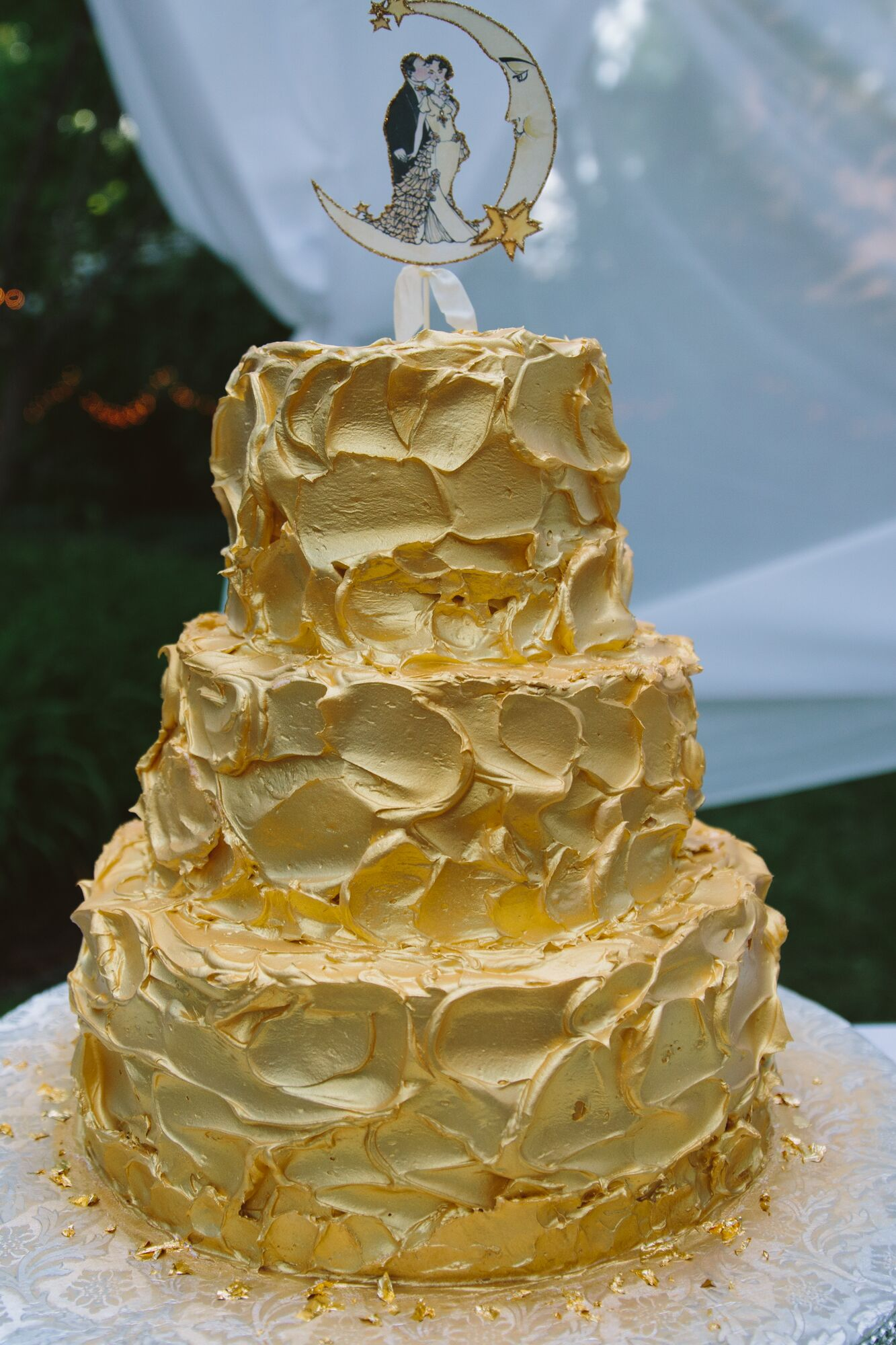 Textured Gold Painted Wedding Cake