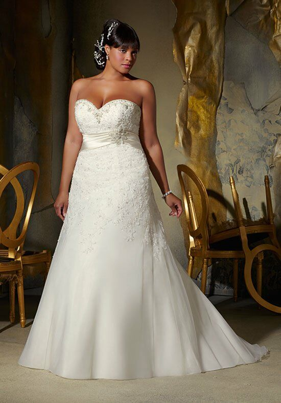 Julietta by Madeline Gardner 3133 Wedding Dress photo