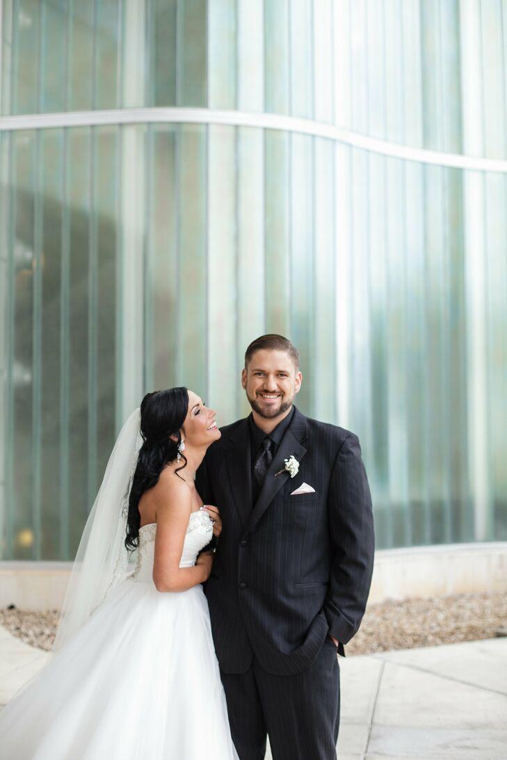A classic romantic wedding at savoy ballroom in springfield missouri ombrellifo Image collections
