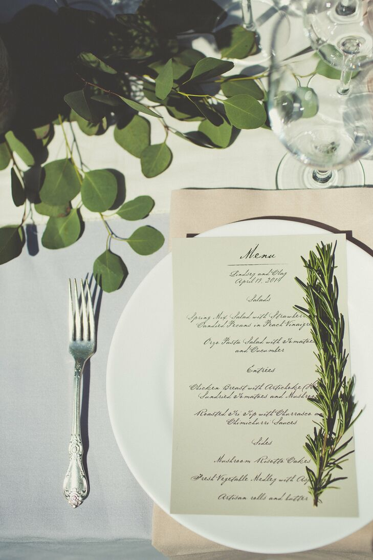 With the exception of flowers, all the decor during the reception, from the linens to the menu cards, were kept neutral to achieve a timeless look.