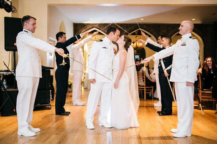 Small Backyard Wedding Doylestown Pa Wedding Photography: A Christmas-Themed Wedding At Aldie Mansion In Doylestown