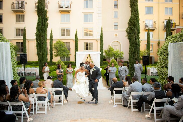 A Hilton Lake Las Vegas Wedding In Henderson, Nevada