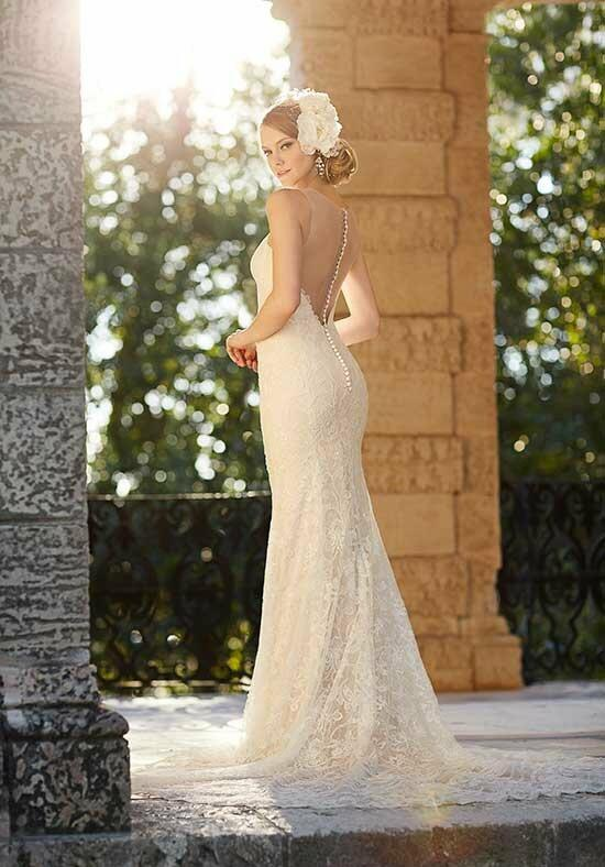 Martina Liana 686 Wedding Dress photo