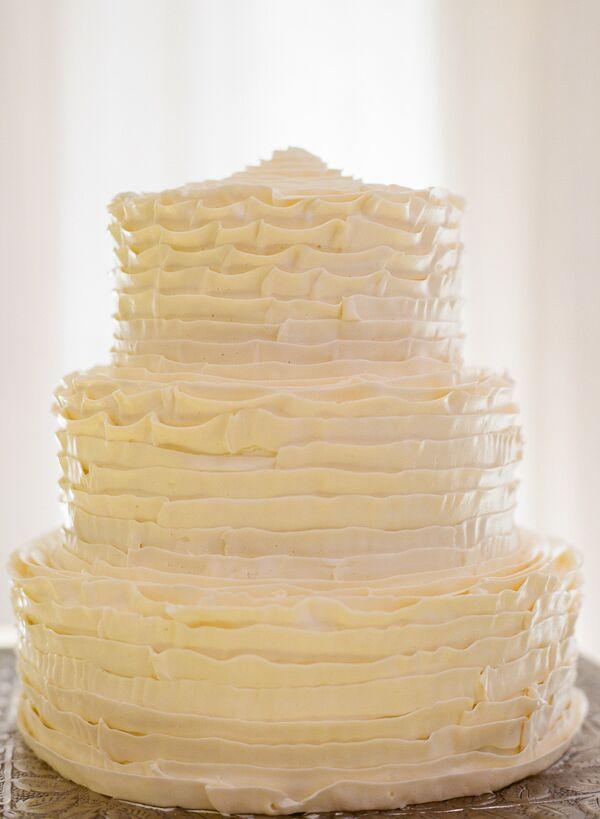 Ruffle Wedding Cakes