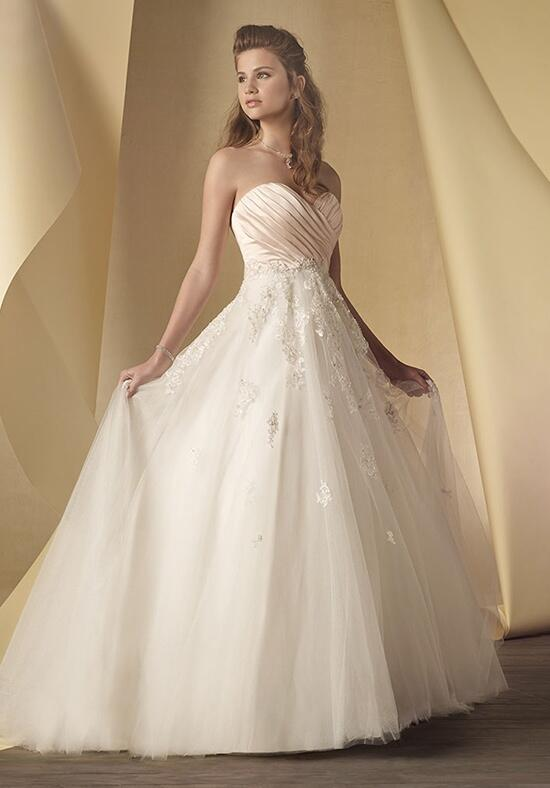 Alfred Angelo Signature 2452 Wedding Dress photo