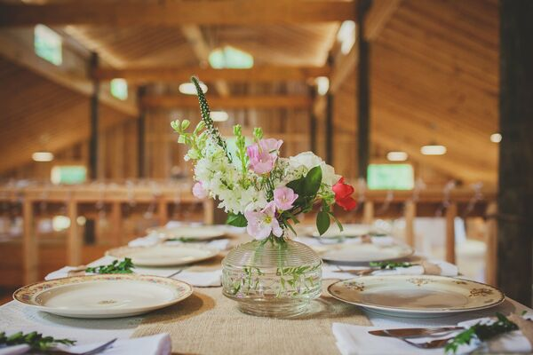 Simple Low Centerpieces