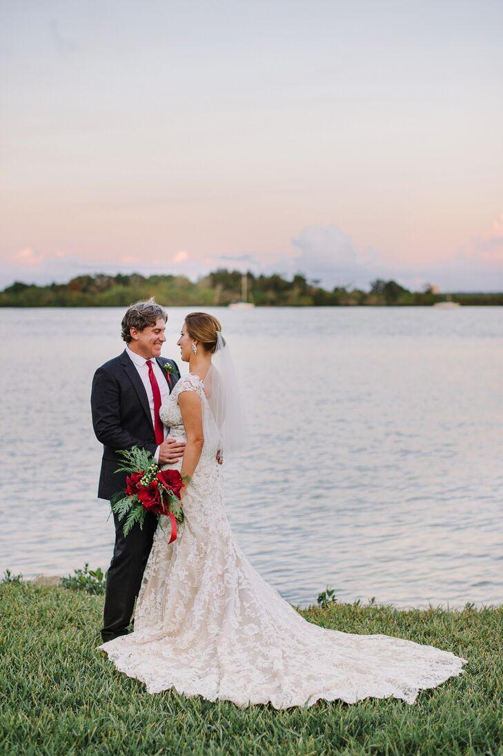 An Elegant Holiday Themed Wedding At Black Dolphin Inn In New Smyrna Beach Florida