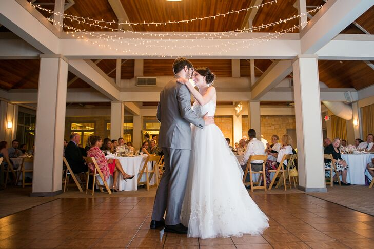 a simple classic wedding at tapawingo national golf club
