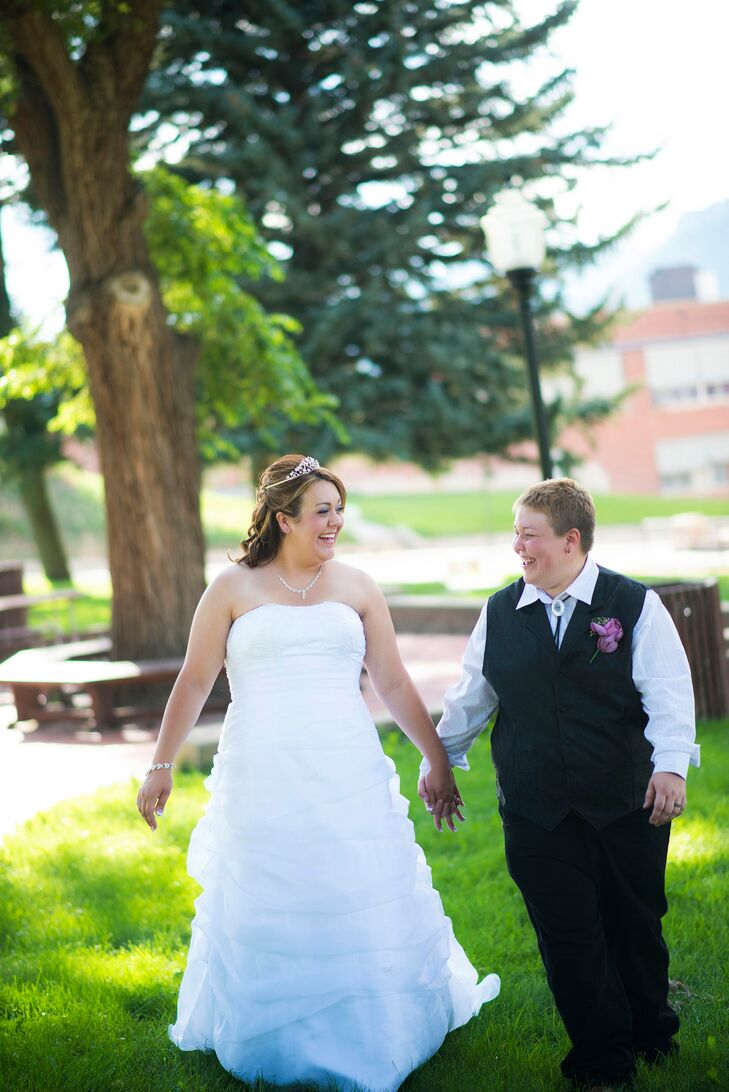 A Country Themed Backyard Wedding At Private Residence In Trinidad Colorado