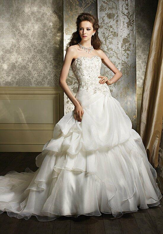 Alfred Angelo Sapphire 892 Wedding Dress photo