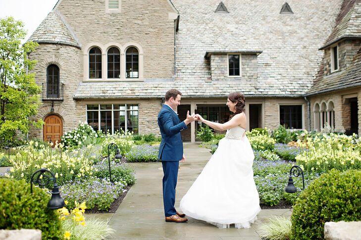 Cincinnati Wedding | A Chic Garden Wedding With Provencal Flair At Green Acres Art Center