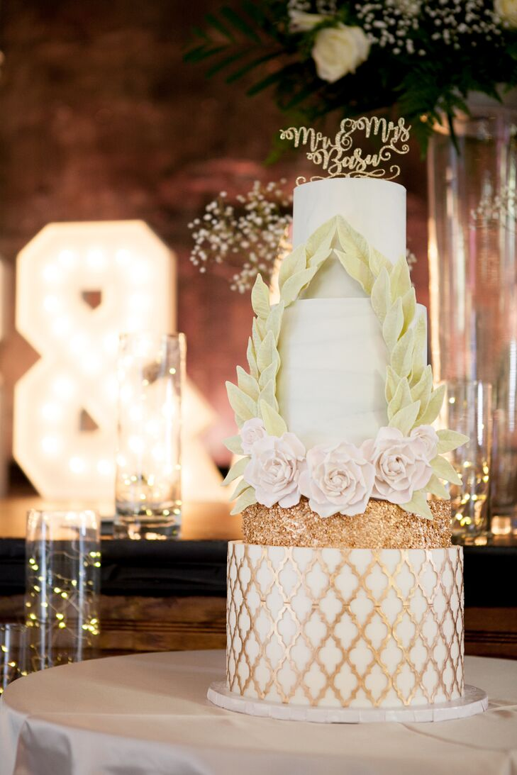 Glam Gold-Patterned Cake with Fondant Laurel Wreath
