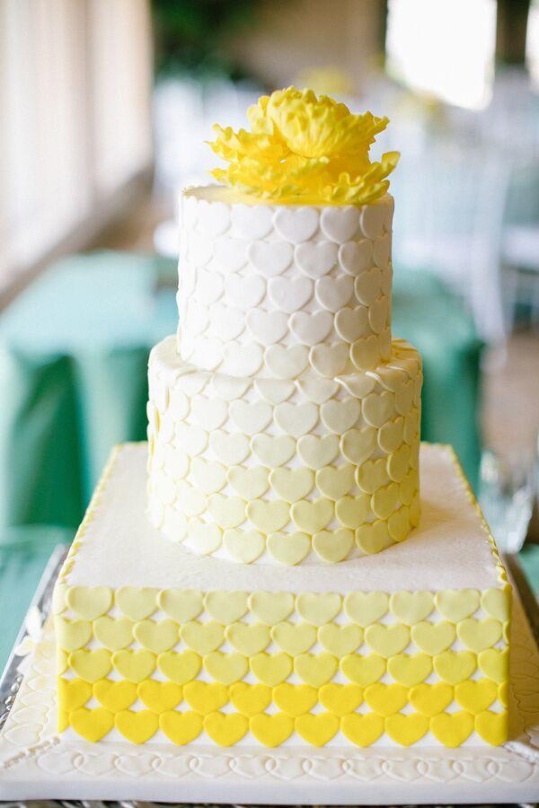 Country Wedding Cakes