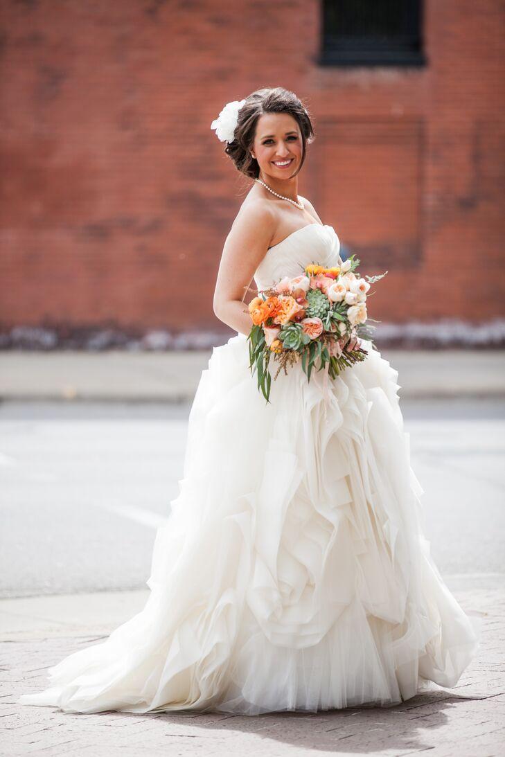 Vera Wang Ruffled Skirt Wedding Dress