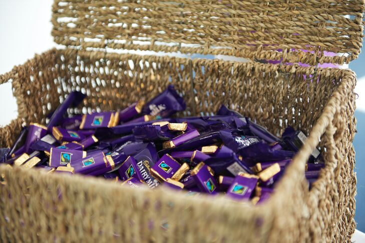 Cadbury Purple Wedding Invitations: Cadbury Purple Wedding Color And Chocolate Favors