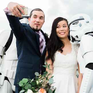 Star Wars wedding with surprise storm troopers