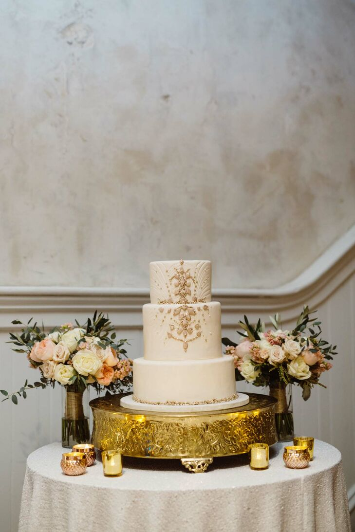 Bella Manse Art Deco Wedding Cake